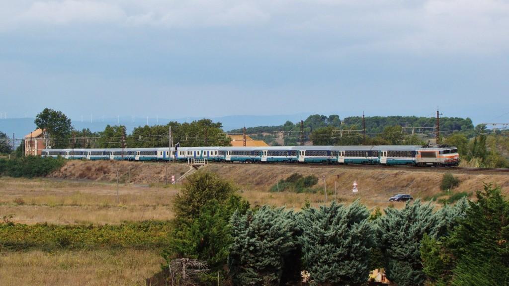Un tren de Pelegrins procedent de Lourdes acaba de passar per l'antiga estació de Marcorignan camí d'Italia.